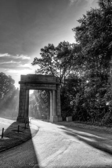 Vicksburg-Entrance-B&W-web